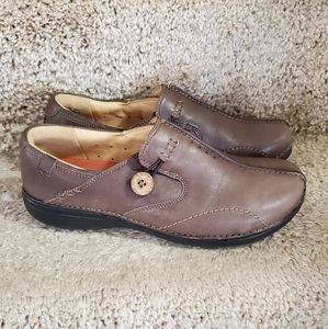 Clarks Leather Clogs, Size 7